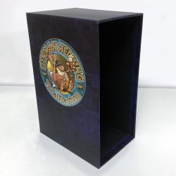 Totalitarium (samlingsbox att fylla med vad du vill) (Förhandsbokning)